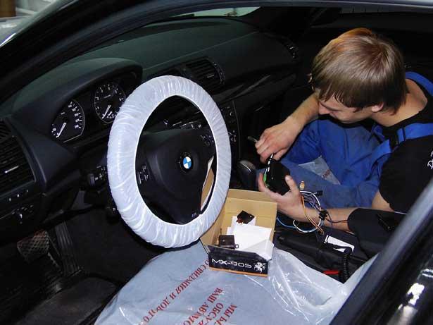 Процесс установки автосигнализации